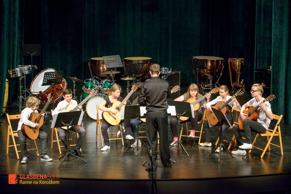 koncert-orkestrov-19-05-32