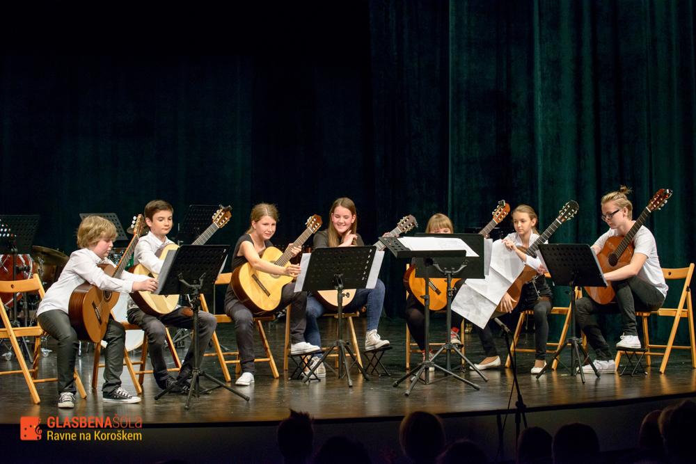 koncert-orkestrov-19-05-42