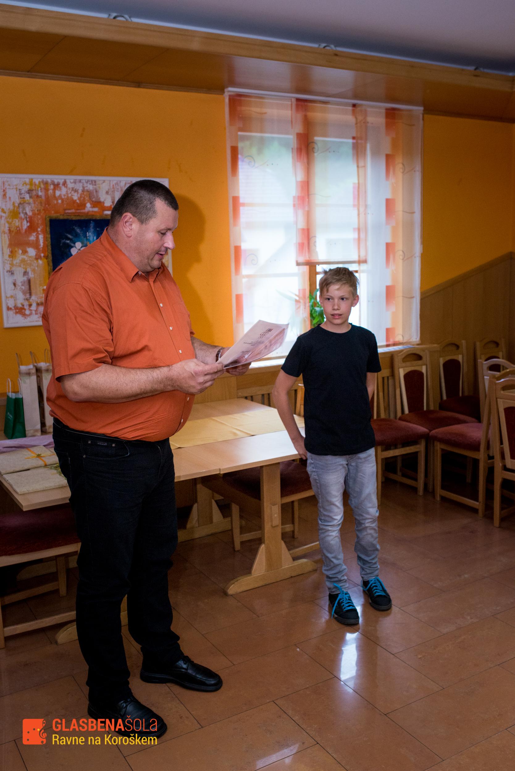 podelitev-prizanj_062015-23