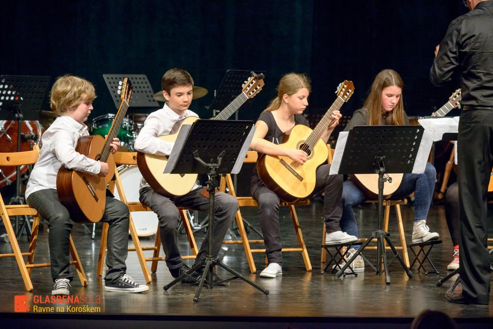 koncert-orkestrov-19-05-37